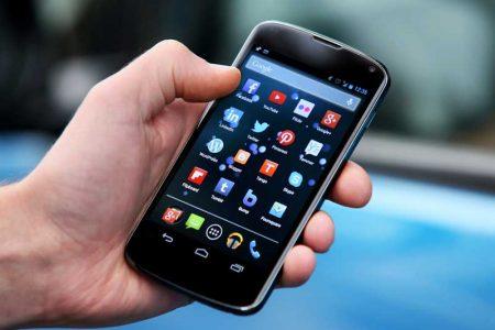 Adicción a celulares, grave problema que prevalece en Yucatán