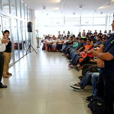 Llevan a Progreso el Escudo Universitario