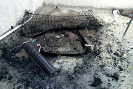 La curiosidad de un niño por el fuego quema una vivienda