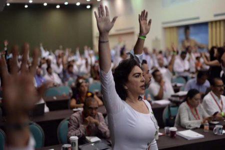 Ivonne Ortega inicia campaña nacional para recuperar el PRI