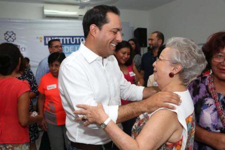 Inversión y programas específicos para la mujer en Mérida
