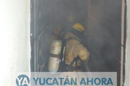 Plomero descuidado le quema su casa
