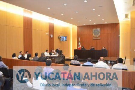 Defensores públicos acusan al gobernador de desacato