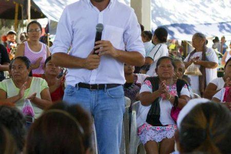 En Kopomá, Pablo Gamboa asegura gestionar más beneficios para Yucatán