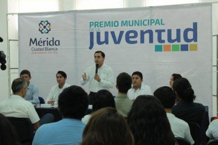 Presentan la convocatoria del Premio Municipal de la Juventud 2017
