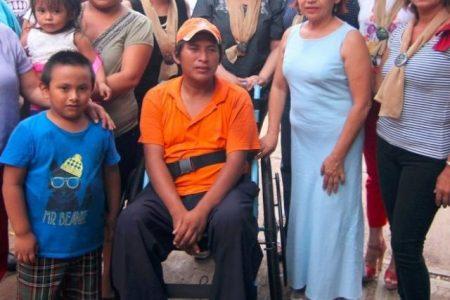 Encabeza Celia Rivas ayuda a familia afectada por una enfermedad