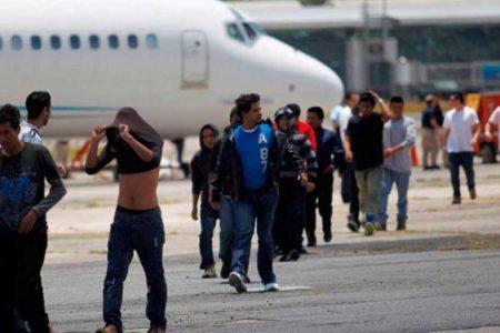 Aumenta el número de repatriados por Trump