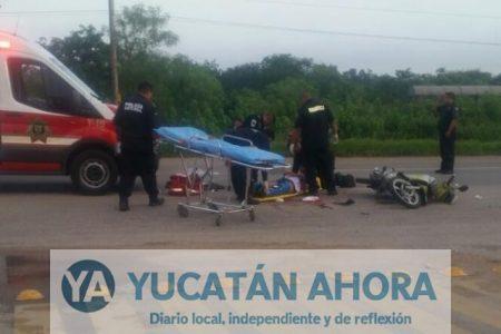 Motociclista acaba con el pie cercenado al impactarse contra un volquete