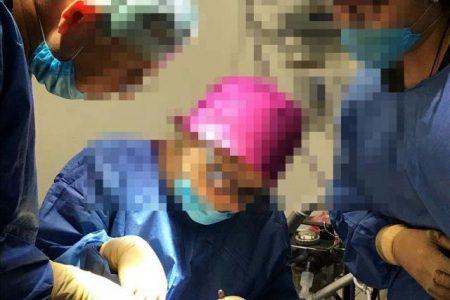 Arrestan en Altabrisa a doctor por negligencia médica