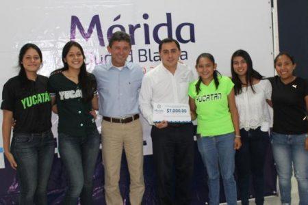 El béisbol femenil de Yucatán busca recursos para ir a Jalisco