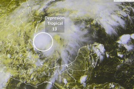 Sin representar riesgo para Yucatán, monitorean la depresión tropical 13