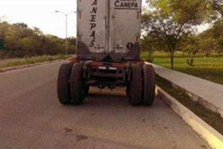 """Vecinos denuncian """"invasión"""" de traileros en sus calles"""