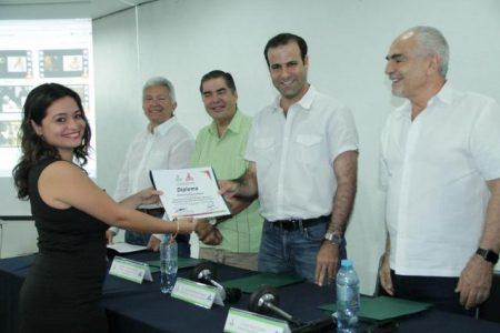 CANACO Mérida capacita al sector turístico en prácticas de inclusión