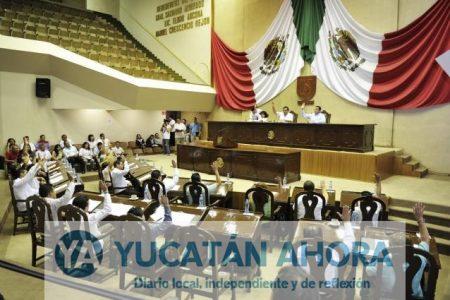 Pasarela de aspirantes en el Congreso de Yucatán