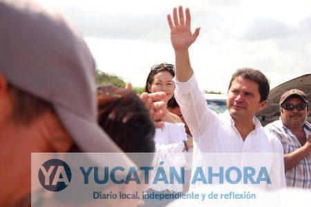Denuncian campaña anticipada de Mauricio Sahuí
