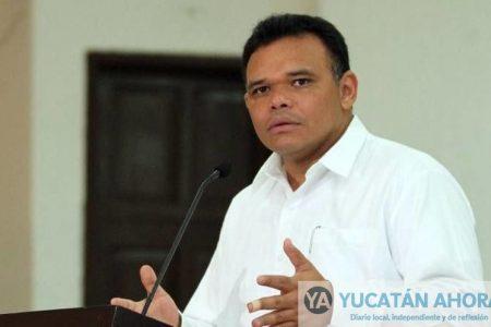 Rolando Zapata, reprobado en inclusión de mujeres en su gabinete