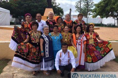 """Oaxaca y la Guelaguetza """"toman"""" el parque de Santa Ana en Mérida"""