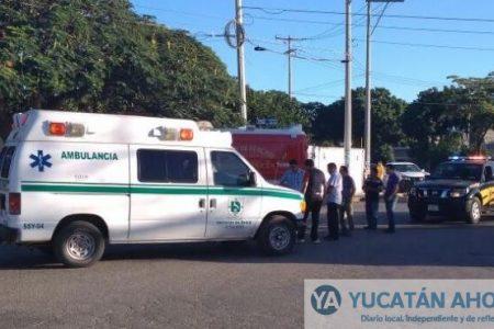 Ambulancia de la Secretaría de Salud atropella a motociclista