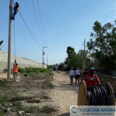 Antorcha impulsa electrificación de colonias en Kanasín