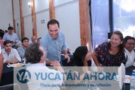 Empresarios se interesan en temas de presupuesto y obras en Mérida