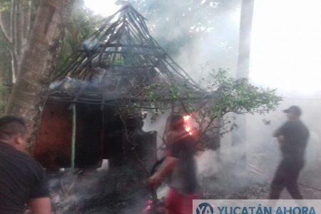 Adolescente inexperto quema su humilde casa