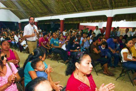 Piden a Pablo Gamboa llevar beneficios de sus programas a Chemax