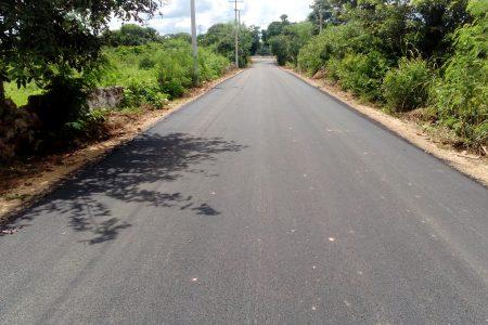 Invierten 3.4 millones de pesos para reconstruir calles de Maxcanú