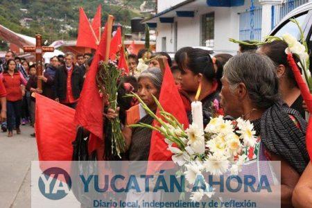 Una marea humana despide al alcalde de Huitzilan, Puebla