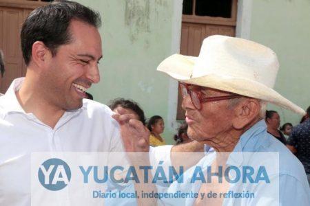 Mauricio Vila entrega canchas de usos múltiples en Cheumán, Noc Ac y Cosgaya