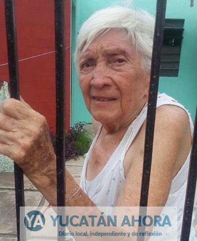 Abuelita clama que le devuelvan su bastón