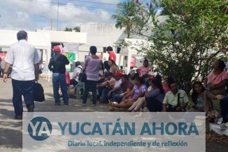 Campesinos reclaman recursos federales a SAGARPA