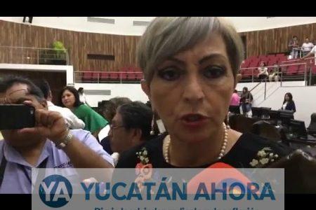María Esther Alonzo va por una diputación federal