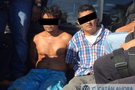 Narcomenudistas atacan a balazos a policías en Yucatán: dos detenidos