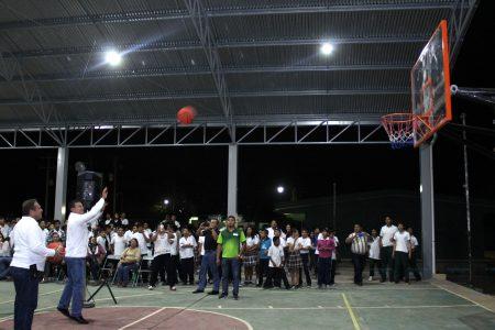 Cumplen promesa a estudiantes de una secundaria de Kanasín