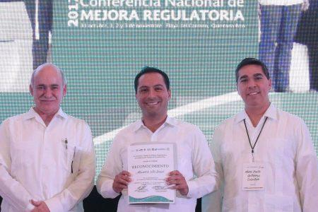 Invitan a Vila a compartir estrategia de apertura de empresas en Mérida