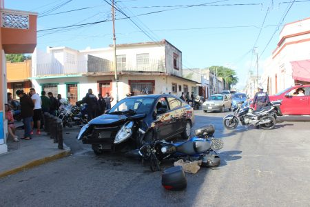 'Semaforazo' en el Centro deja tres lesionados