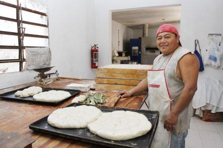 Suben el precio del pan francés y dulce sin autorización de la Canainpa