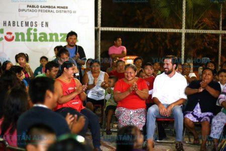 Lleva Pablo Gamboa beneficios de sus gestiones más allá del tercer distrito federal