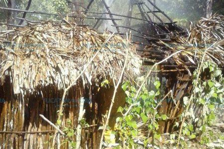 Extraño incendio quema humilde casa de Tizimín