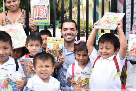 Siembran el hábito de la lectura entre los niños yucatecos
