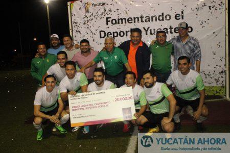 Arrasan Huracanes en el fútbol popular y se proclaman campeones