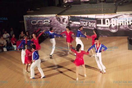 Con mucho ritmo, celebra su séptimo aniversario 'Bailemos salsa en Mérida'