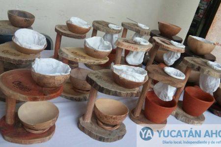 Mayas peninsulares y de Chiapas se unen para crear novedosas cafeteras