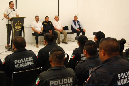 Actualizan sobre el nuevo sistema de justicia a policías de Progreso