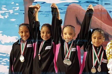 Nado sincronizado trae plata y bronce del nacional en Guadalajara