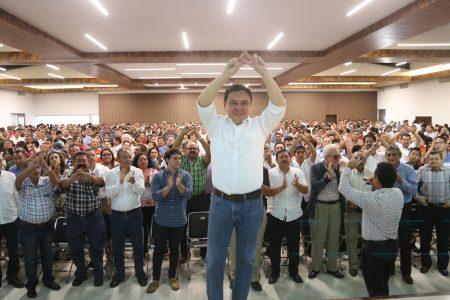 Se destapa Liborio Vidal para la gubernatura ante sus amigos y asociaciones civiles