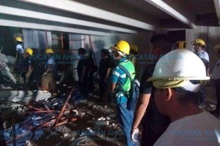 Líder de albañiles dice que el derrumbe ocurrió porque trabajaban de noche
