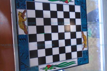 Quetzales y jaguares atestiguan duelos cerebrales en el tablero