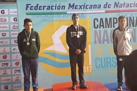 Yucateco gana medalla de oro en Campeonato Nacional de Natación