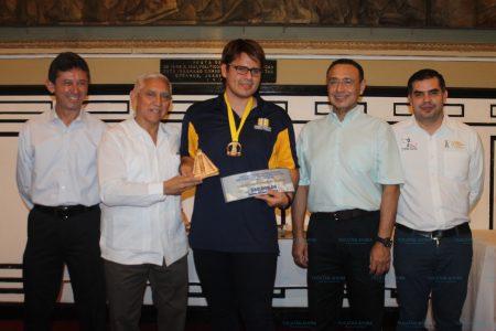 GM peruano Emilio Córdoba gana el Torneo Carlos Torre Repetto